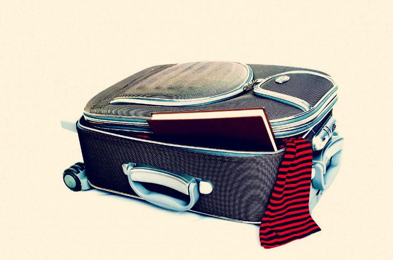 voyage-etranger-valise